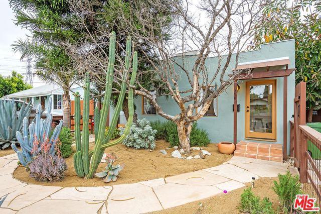 2979 Ingledale Terrace, Los Angeles (City), CA 90039 (MLS #18332132) :: Deirdre Coit and Associates