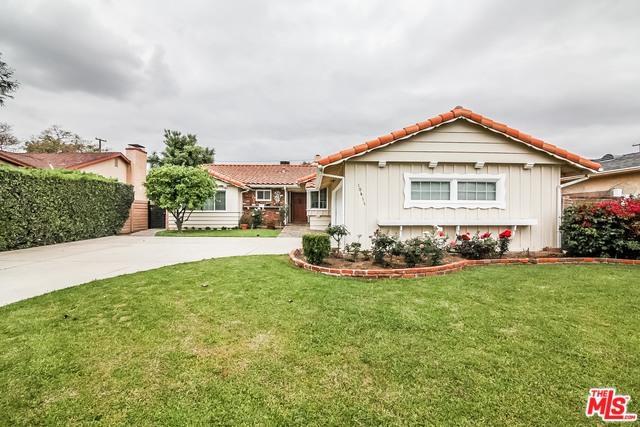 10411 Ruffner Avenue, Granada Hills, CA 91344 (MLS #18339172) :: Deirdre Coit and Associates