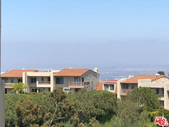 5965 Peacock Ridge Road #201, Rancho Palos Verdes, CA 90275 (MLS #18339238) :: Hacienda Group Inc