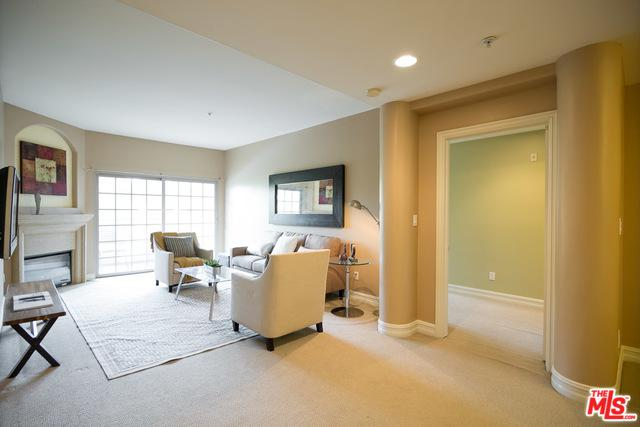 4601 Coldwater Canyon Avenue #204, Studio City, CA 91604 (MLS #18342386) :: Team Wasserman
