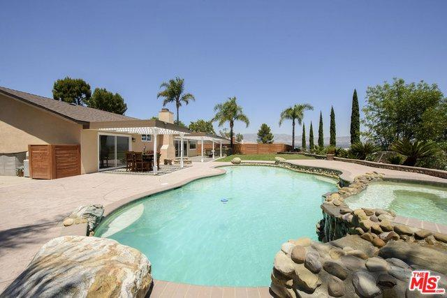 8964 Nevada Avenue, West Hills, CA 91304 (MLS #18342974) :: Team Wasserman