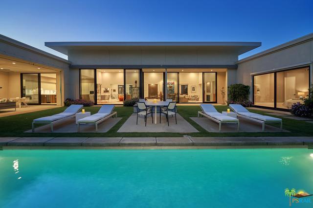 1045 Bella Vista, Palm Springs, CA 92264 (MLS #18344910PS) :: Brad Schmett Real Estate Group