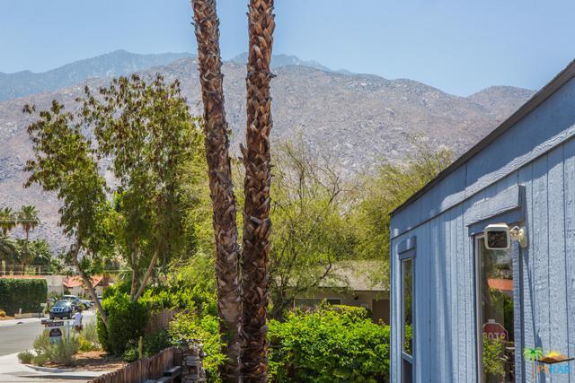 18 Big Chief Street, Palm Springs, CA 92264 (MLS #18350652PS) :: Brad Schmett Real Estate Group