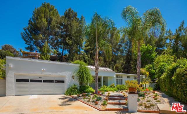 18956 La Amistad Place, Tarzana, CA 91356 (MLS #18354194) :: Hacienda Group Inc