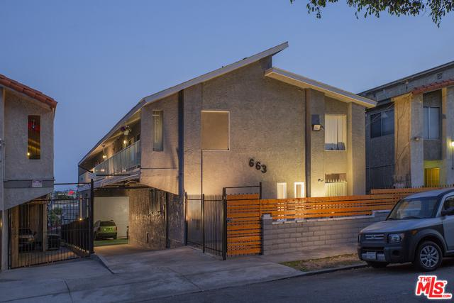 663 W 2nd Street, San Pedro, CA 90731 (MLS #18359380) :: Team Wasserman