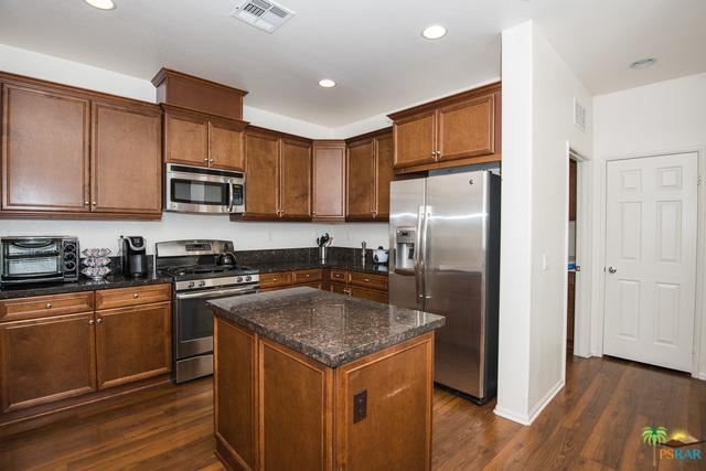 639 Calle Vibrante, Palm Desert, CA 92211 (MLS #18361902PS) :: The John Jay Group - Bennion Deville Homes