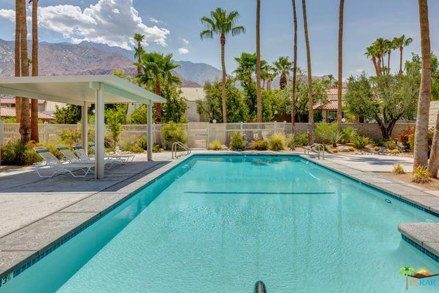 345 W Mariscal Road, Palm Springs, CA 92262 (MLS #18366034PS) :: Brad Schmett Real Estate Group