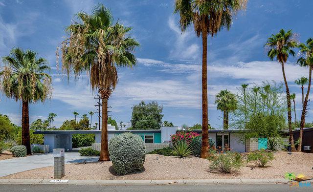 2702 E Plaimor Avenue, Palm Springs, CA 92262 (MLS #18366454PS) :: The John Jay Group - Bennion Deville Homes