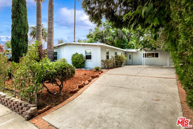 11212 Debra Avenue, Granada Hills, CA 91344 (MLS #18366964) :: The John Jay Group - Bennion Deville Homes