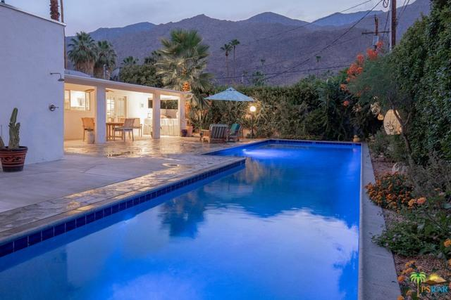 472 E Avenida Hokona, Palm Springs, CA 92264 (MLS #18372072PS) :: Team Wasserman