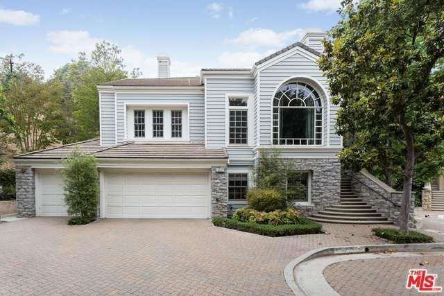 11837 Henley Lane, Los Angeles (City), CA 90077 (MLS #18372996) :: The John Jay Group - Bennion Deville Homes