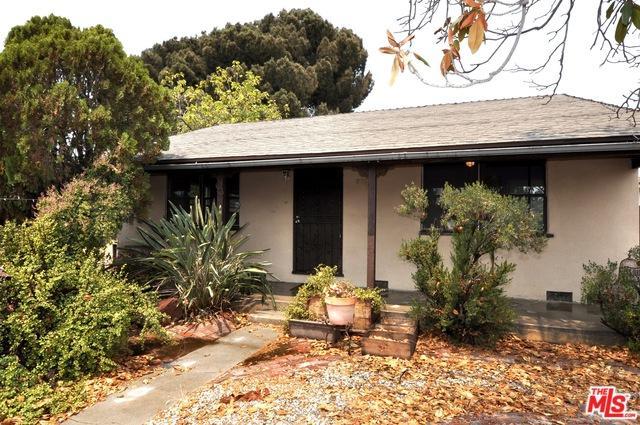 11357 Delano Street, North Hollywood, CA 91606 (MLS #18374482) :: The John Jay Group - Bennion Deville Homes