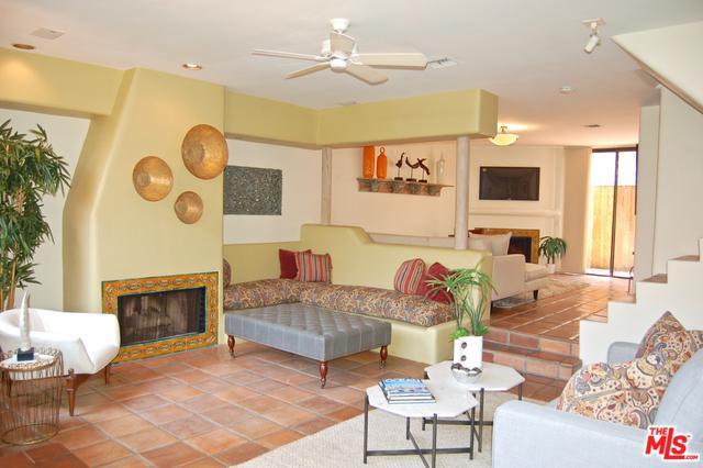 1030-1030 Bay Street #4, Santa Monica, CA 90405 (MLS #18375152) :: The John Jay Group - Bennion Deville Homes
