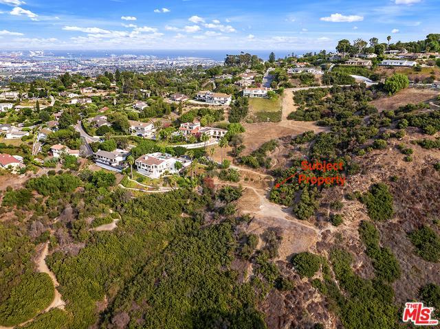 10 Chaparral Ln, Rancho Palos Verdes, CA 90275 (MLS #18375382) :: The John Jay Group - Bennion Deville Homes