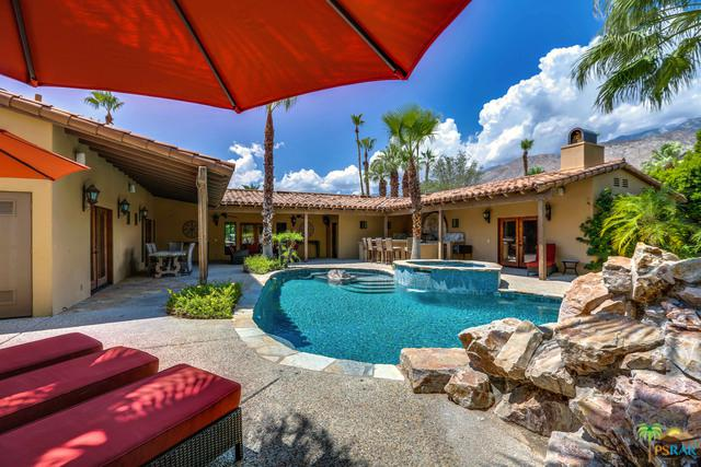 1028 E El Alameda, Palm Springs, CA 92262 (MLS #18375526PS) :: The John Jay Group - Bennion Deville Homes