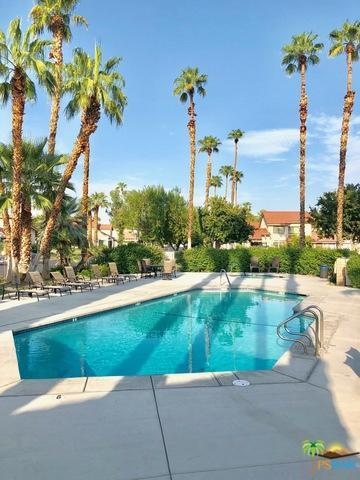 6175 Montecito Drive #4, Palm Springs, CA 92264 (MLS #18376254PS) :: Hacienda Group Inc