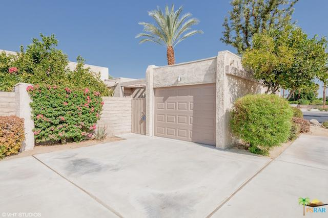 855 N Calle De Pinos, Palm Springs, CA 92262 (MLS #18376266PS) :: Brad Schmett Real Estate Group