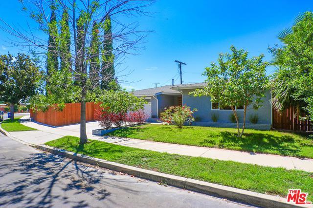 11315 Montgomery Avenue, Granada Hills, CA 91344 (MLS #18380228) :: Team Wasserman