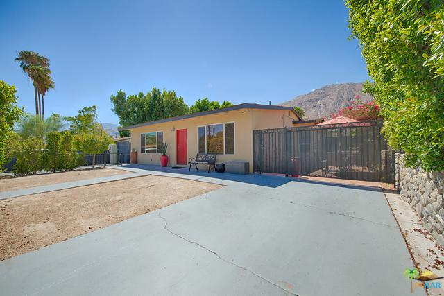 573 S Calle Palo Fierro, Palm Springs, CA 92264 (MLS #18380770PS) :: The John Jay Group - Bennion Deville Homes