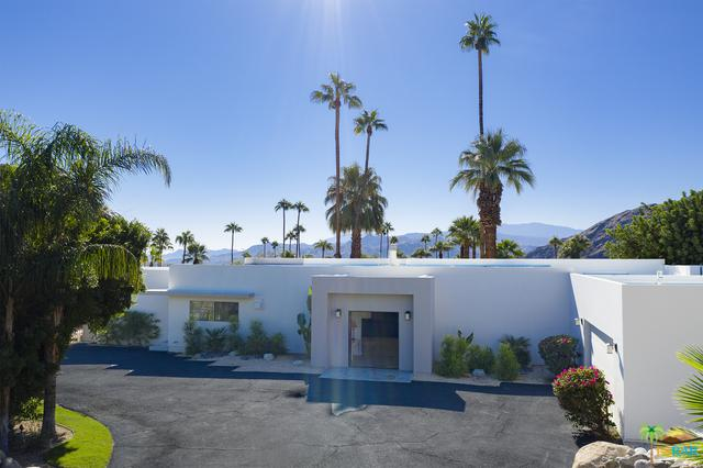 855 W Panorama Road, Palm Springs, CA 92262 (MLS #18381526PS) :: The John Jay Group - Bennion Deville Homes