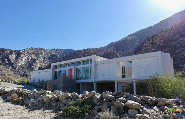 884 S La Mirada Drive, Palm Springs, CA 92264 (MLS #18383578PS) :: Brad Schmett Real Estate Group