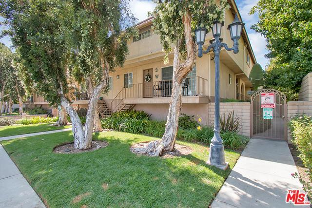 10215 Variel Avenue #20, Chatsworth, CA 91311 (MLS #18385170) :: Deirdre Coit and Associates