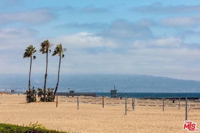 6935 Trolleyway, Playa Del Rey, CA 90293 (MLS #18387220) :: Team Wasserman
