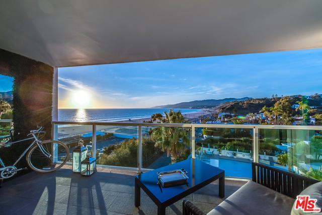 101 Ocean Avenue B400, Santa Monica, CA 90402 (MLS #18388720) :: Team Wasserman