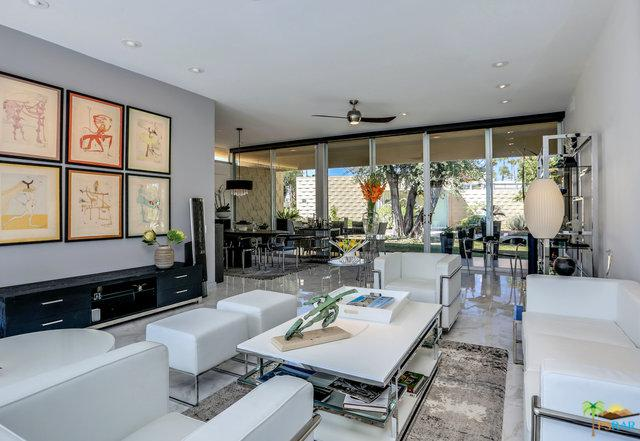 385 Desert Lakes Drive, Palm Springs, CA 92264 (MLS #18389048PS) :: Hacienda Group Inc