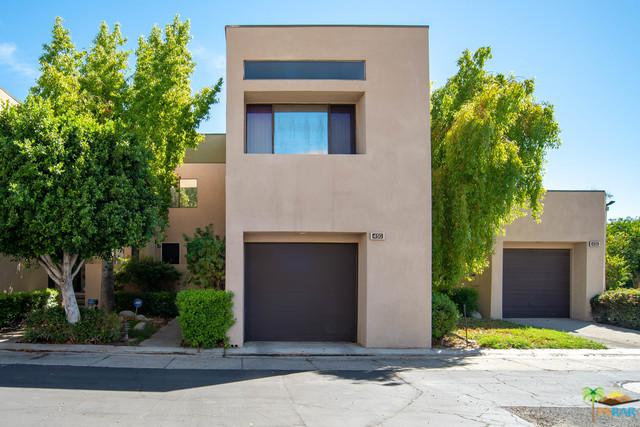450 W Village Square, Palm Springs, CA 92262 (MLS #18391614PS) :: Deirdre Coit and Associates