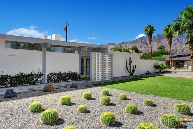 2205 E Hudson Road, Palm Springs, CA 92262 (MLS #18391904PS) :: Brad Schmett Real Estate Group