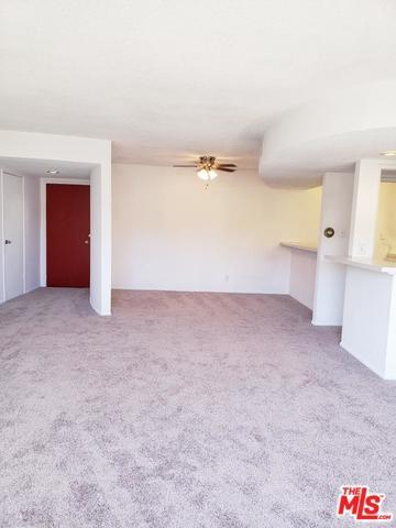4445 Cartwright Avenue #206, Toluca Lake, CA 91602 (MLS #18392384) :: Hacienda Group Inc