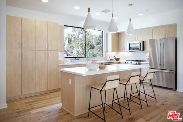 5131 N Cartwright Avenue, Los Angeles (City), CA 91601 (MLS #18392598) :: Deirdre Coit and Associates