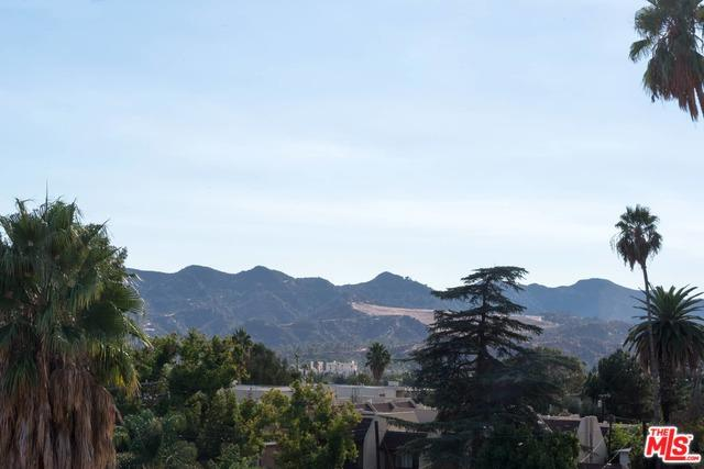 1401 Valley View Road #427, Glendale, CA 91202 (MLS #18392862) :: Deirdre Coit and Associates