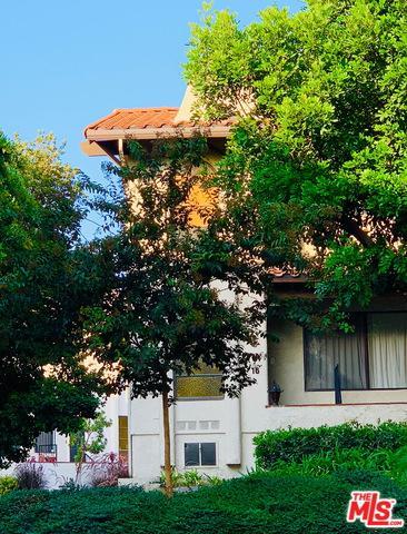 400 S Flower Street #16, Orange, CA 92868 (MLS #18394270) :: Team Wasserman