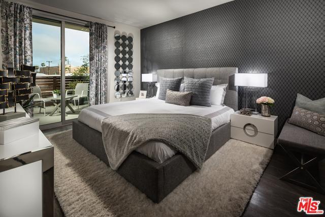 14107 Monroe Place, Van Nuys, CA 91405 (MLS #18394714) :: Deirdre Coit and Associates