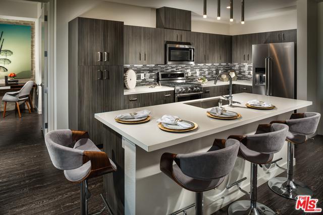 14108 Monroe Place, Van Nuys, CA 91405 (MLS #18394726) :: Deirdre Coit and Associates