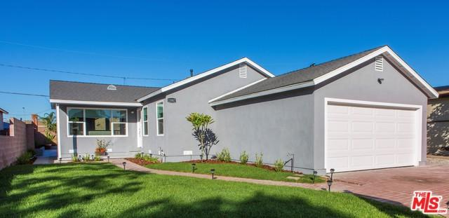 11817 Ardath Avenue, Hawthorne, CA 90250 (MLS #18395246) :: The Jelmberg Team