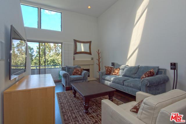 12050 Valleyheart Drive #303, Studio City, CA 91604 (MLS #18395368) :: Deirdre Coit and Associates