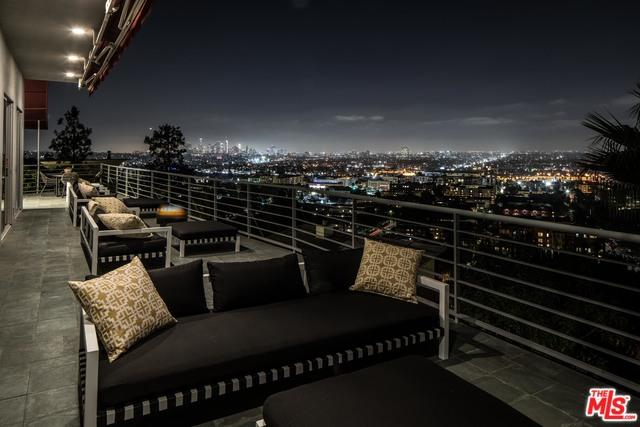 2069 N Gramercy Place, Los Angeles (City), CA 90068 (MLS #18395932) :: Deirdre Coit and Associates