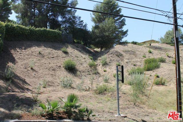 16652 Calneva Dr, Encino, CA 91436 (MLS #18396364) :: Hacienda Group Inc