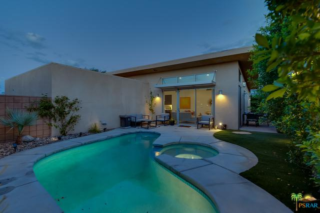 2717 Alexander Club Drive, Palm Springs, CA 92262 (MLS #18396392PS) :: Brad Schmett Real Estate Group