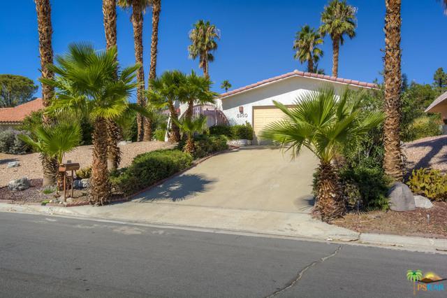 8960 Warwick Drive, Desert Hot Springs, CA 92240 (MLS #18396750PS) :: Brad Schmett Real Estate Group