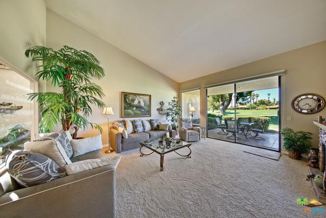 65 Sunrise Drive, Rancho Mirage, CA 92270 (MLS #18398220PS) :: The John Jay Group - Bennion Deville Homes
