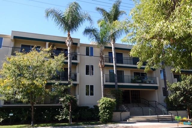 4501 Cedros Avenue #317, Sherman Oaks, CA 91403 (MLS #18399414PS) :: The Jelmberg Team