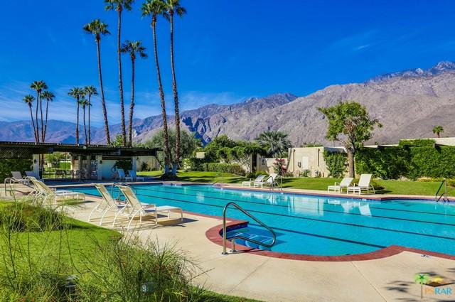 414 N Hermosa Drive, Palm Springs, CA 92262 (MLS #18400558PS) :: The Sandi Phillips Team