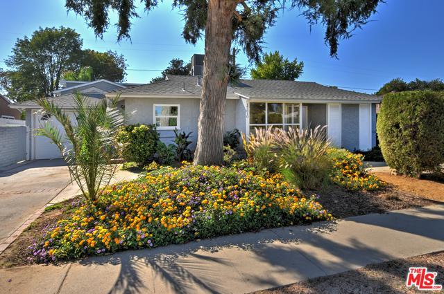17610 Cohasset Street, Van Nuys, CA 91406 (MLS #18400612) :: Deirdre Coit and Associates