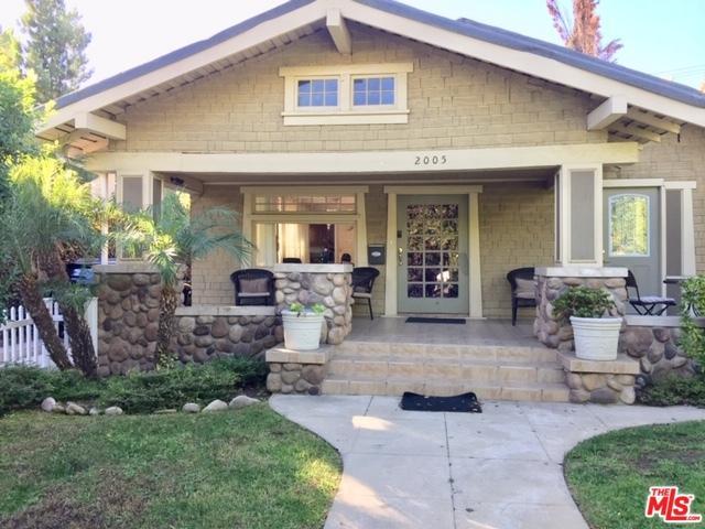 2005 N Beachwood Drive, Los Angeles (City), CA 90068 (MLS #18401110) :: Deirdre Coit and Associates