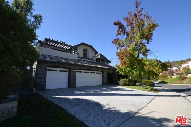 6043 Rainbow Hill Road, Agoura Hills, CA 91301 (MLS #18401198) :: The John Jay Group - Bennion Deville Homes