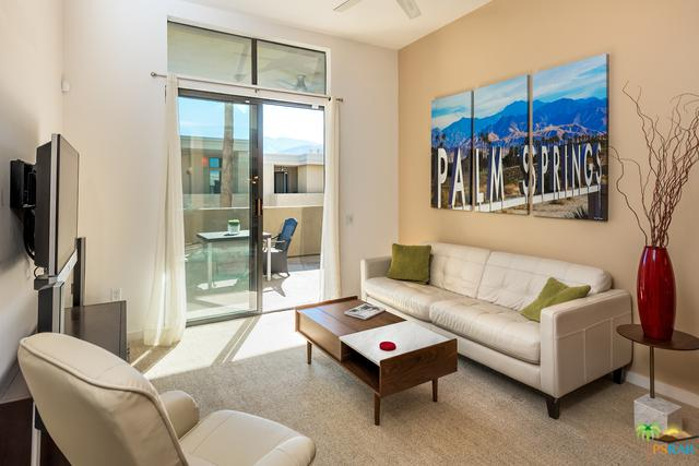 1010 E Palm Canyon Drive #202, Palm Springs, CA 92264 (MLS #18401640PS) :: The John Jay Group - Bennion Deville Homes